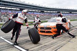 Austin Cindric, Team Penske, Ford Mustang Mazak, makes a pit stop