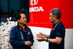 Toyoharu Tanabe, F1 Technical Director, Honda, and Masashi Yamamoto, General Manager, Honda Motorsport
