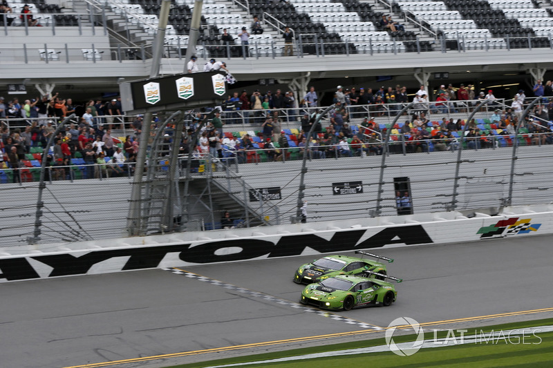Checkered flag for #11 GRT Grasser Racing Team Lamborghini Huracan GT3: Rolf Ineichen, Mirko Bortolo