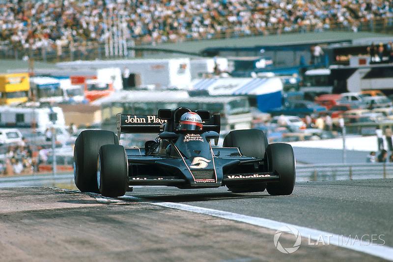 Mario Andretti - 12 victorias