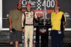 1. Erik Jones, Joe Gibbs Racing, Toyota Camry buyatoyota.com
