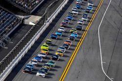 Brad Keselowski, Team Penske, Ford Fusion Stars, Stripes, and Lites and William Byron, Hendrick Motorsports, Chevrolet Camaro Liberty University