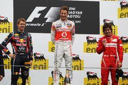 Podio: Sebastian Vettel, Red Bull Racing, Jenson Button, McLaren, Fernando Alonso, Ferrari
