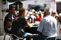Romain Grosjean, Haas F1 Team, en Kevin Magnussen, Haas F1 Team