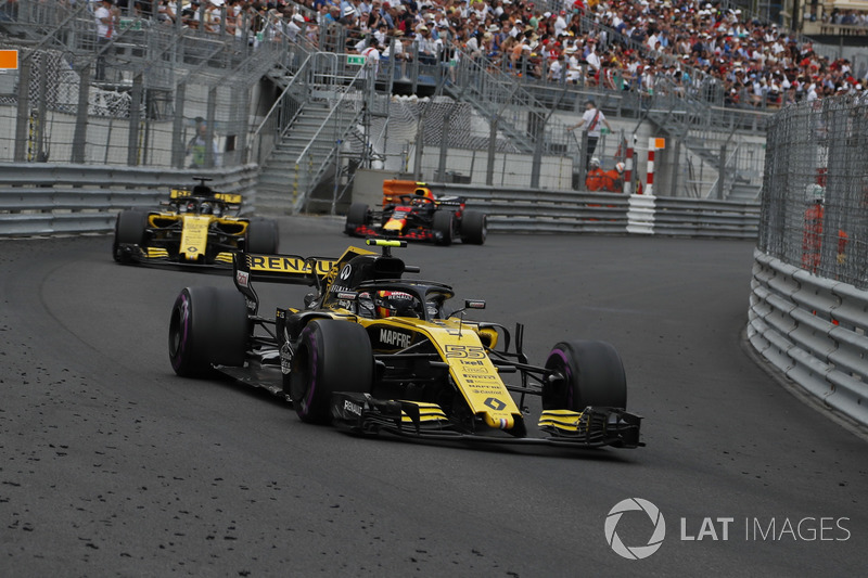 Карлос Сайнс-мол., Ніко Хюлькенберг, Renault Sport F1 Team R.S. 18
