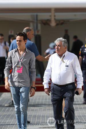 Эстебан Гутьеррес и судья FIA Энцо Спано