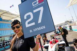 La grid girl de Raoul Hyman, Campos Racing
