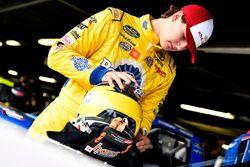 Todd Gilliland, Kyle Busch Motorsports, Toyota Tundra Royal Canin