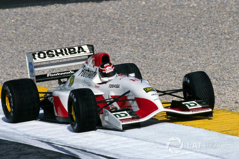 f1-portuguese-gp-1993-aguri-suzuki-footw
