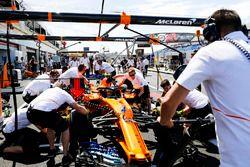 L'équipe McLaren s'entraîne aux arrêts au stand
