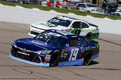 Brandon Jones, Joe Gibbs Racing, Toyota Camry Toyota XYO Networks and Tyler Reddick, JR Motorsports, Chevrolet Camaro BurgerFi