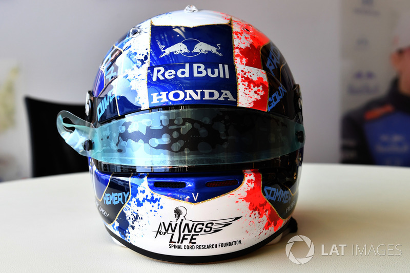 Pierre Gasly, Scuderia Toro Rosso - különleges sisak - F1 2018 - Francia Nagydíj
