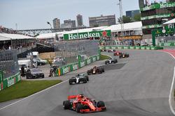 Sebastian Vettel, Ferrari SF71H mène