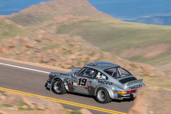 Лори Мэни, Porsche 911 SC 3.0l Gr4 (№19)