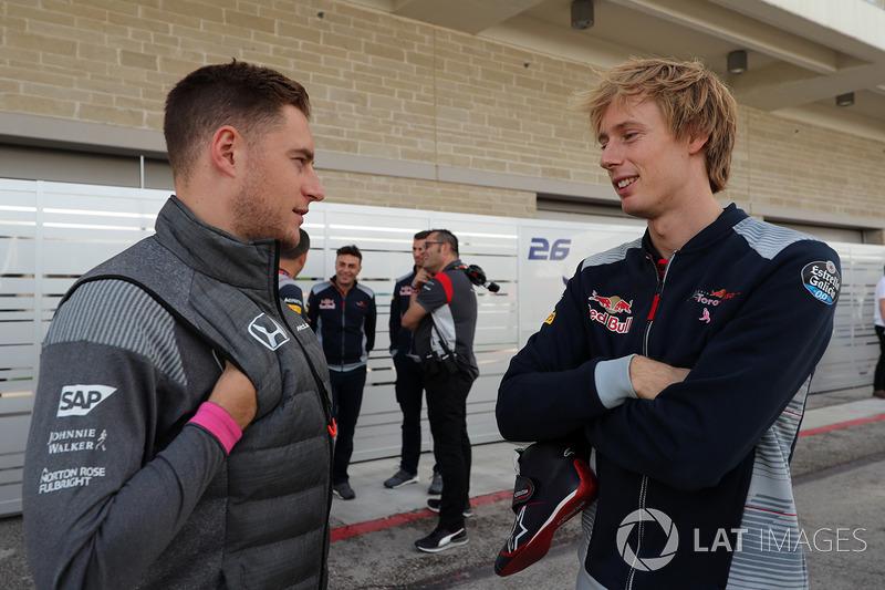 Stoffel Vandoorne, McLaren y Brendon Hartley, Scuderia Toro Rosso