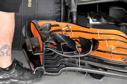 McLaren MCL32 front wing detail