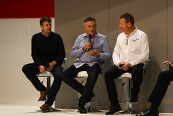 Mark Higgins and representatives from Albatec Racing talk to Henry Hope-Frost on the Autosport Stage