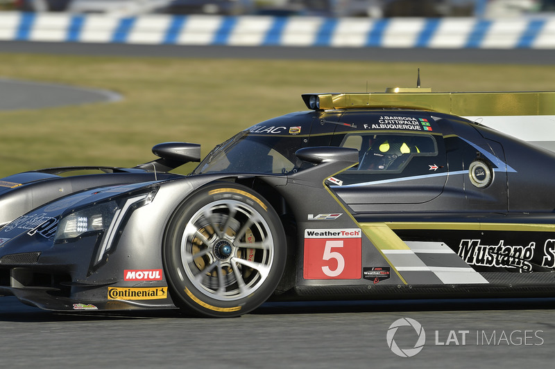 11º #5 Action Express Racing Cadillac: Christian Fittipaldi (DPi)