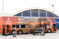 Television production bus