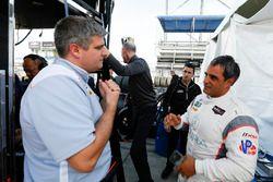 L'ingénieur de #6 Acura Team Penske Acura DPi, P: Dane Cameron, Juan Pablo Montoya