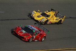 #64 Scuderia Corsa Ferrari 488 GT3: Bill Sweedler, Townsend Bell, Frankie Montecalvo, Sam Bird, #85