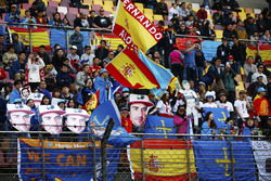 Support for Fernando Alonso, McLaren