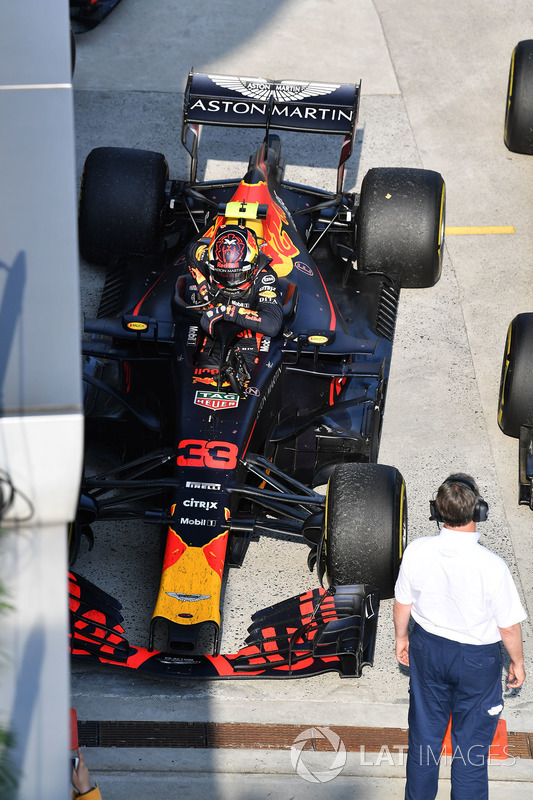 Max Verstappen, Red Bull Racing RB14 in parc ferme