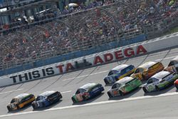 Matt Kenseth, Joe Gibbs Racing Toyota Kasey Kahne, Hendrick Motorsports Chevrolet