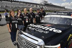 Noah Gragson, Kyle Busch Motorsports, Toyota Tundra Safelite AutoGlass guests
