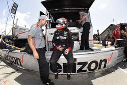 Will Power, Team Penske Chevrolet, talks with a crew member