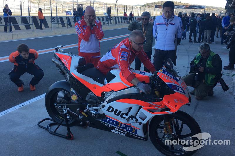 Ducati test noviembre Valencia