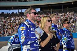 Dale Earnhardt Jr., Hendrick Motorsports Chevrolet, Amy Earnhardt