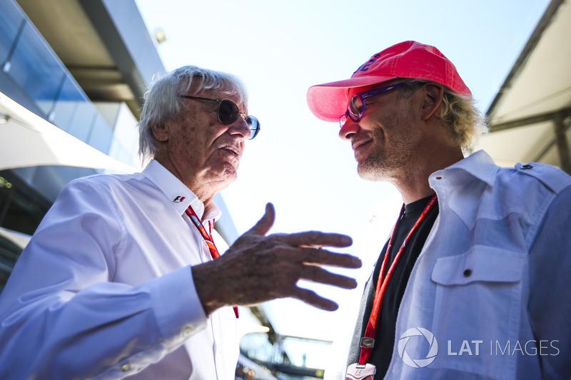 Bernie Ecclestone, Presidente Emérito de F1 con Jacques Villeneuve