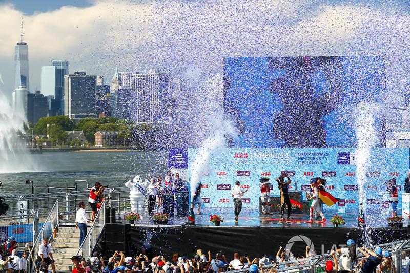 Jean-Eric Vergne, Techeetah, gana, y Lucas di Grassi, Audi Sport ABT Schaeffler, Daniel Abt, Audi Sport ABT Schaeffler