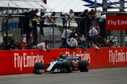 Обладатель второго места Валттери Боттас, Mercedes AMG F1 W09