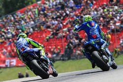 Валентино Россі, Yamaha Factory Racing , Андреа Янноне, Team Suzuki MotoGP