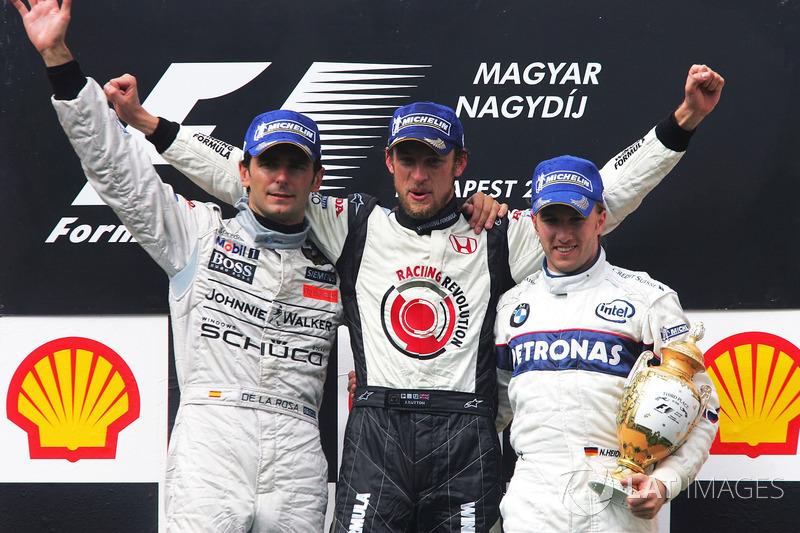 Podio: Pedro de la Rosa, McLaren, Jenson Button, Honda y Nick Heidfeld, BMW Sauber F1