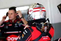 Austin Dillon, Richard Childress Racing Chevrolet Camaro con uno speciale design del casco