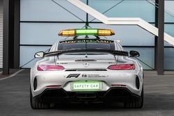Автомобиль безопасности Mercedes-AMG GT R