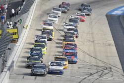 Noah Gragson, Kyle Busch Motorsports, Toyota Tundra Safelite, Johnny Sauter, GMS Racing, Chevrolet Silverado Allegiant Airlines