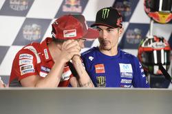 Маверик Виньялес, Yamaha Factory Racing, и Андреа Довициозо, Ducati Team