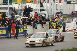#1 Team Bigazzi BMW 320i: Roberto Ravaglia, Marc Duez, Alexander Burgstaller