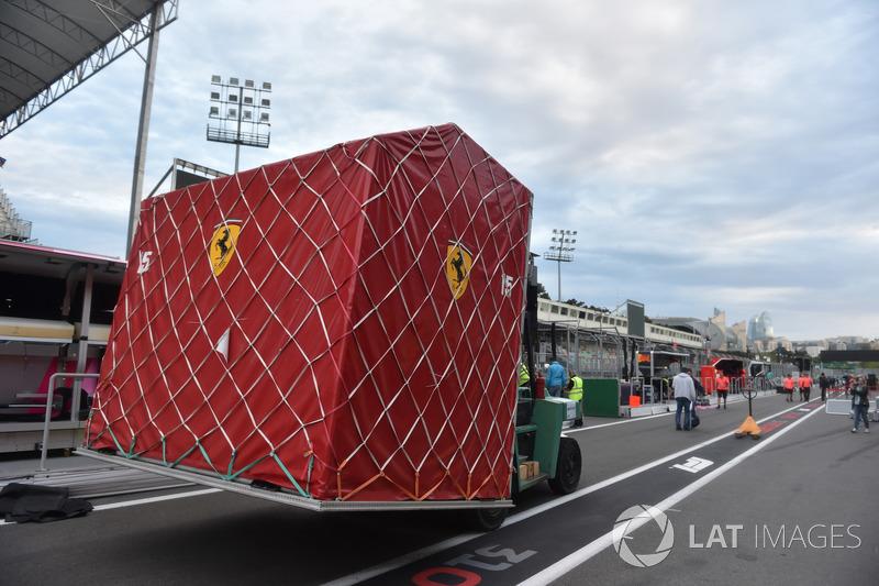 Ferrari, pakowanie sprzętu po wyścigu
