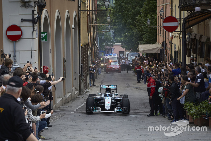 Валттери Боттас, Mercedes AMG F1 W07