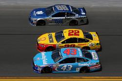 Joey Logano, Team Penske Ford, Aric Almirola, Richard Petty Motorsports Ford, Dale Earnhardt Jr., He