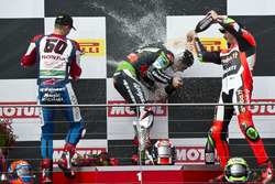Podium : tweede, Michael van der Mark, Honda WSBK Team, winnaar Jonathan Rea, Kawasaki Racing Team e