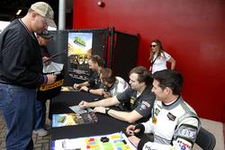 Джон Поттер, Энди Лэлли, Марко Зеефрид и Рене Раст, #44 Magnus Racing Audi R8 LMS