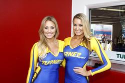 Девушки Turner Motorsport