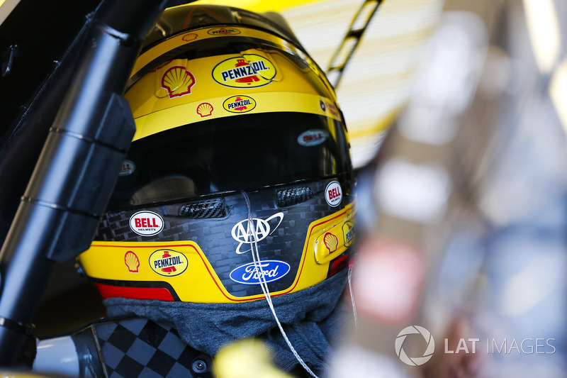 Helm von Joey Logano, Team Penske, Ford Fusion Pennzoil