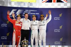 Podium: second place Kimi Raikkonen, Ferrari, Aldo Costa, Mercedes AMG F1 Engineering Director, Race winner Nico Rosberg, Mercedes AMG F1, third place Lewis Hamilton, Mercedes AMG F1